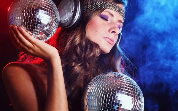 Как выбрать музыку для дискотеки