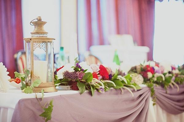 Стол молодоженов — во всей красе. Фото с сайта love-letter.ru