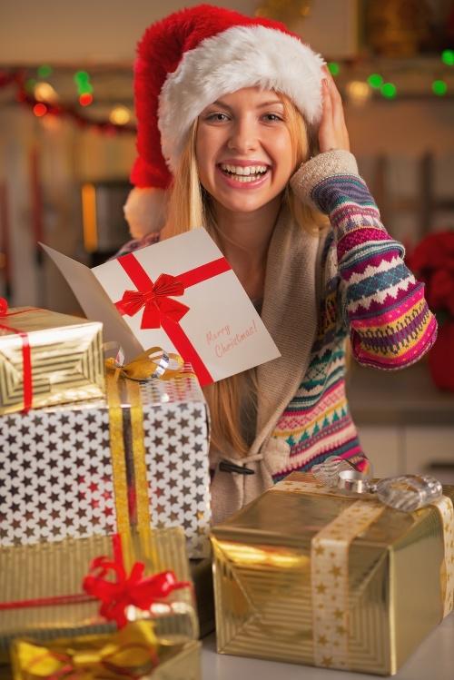 Что подарить подруге на Новый год: оригинальные советы и необычные идеи