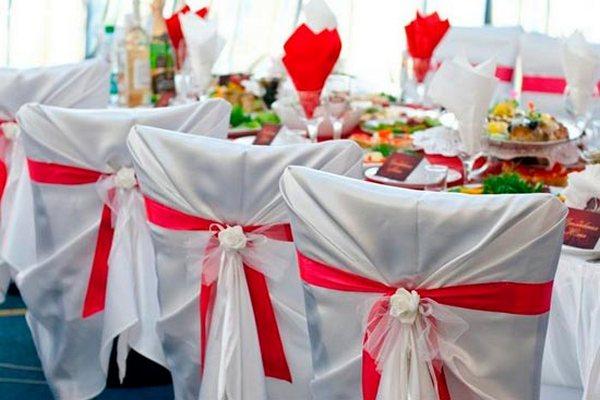 Декорируем стулья на свой вкус. Фото с сайта http://s10.photobucket.com/