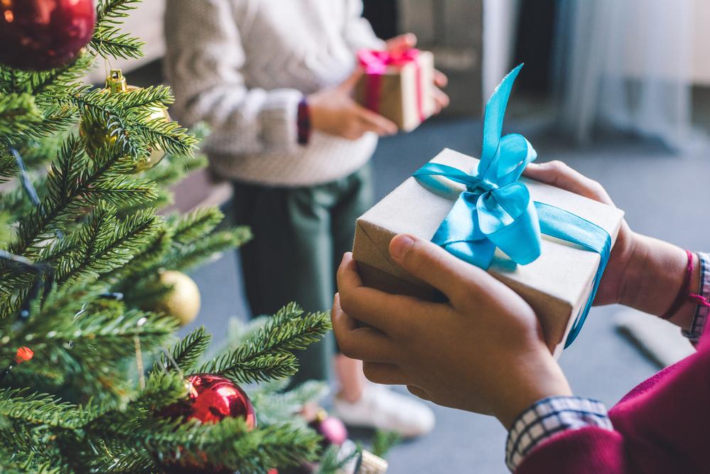 Что подарить на новый год своей девушке