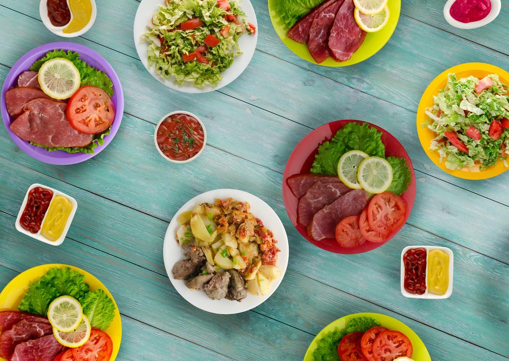 Новые рецепты новогодних салатов 2019 - мясные, вегетарианские и с морепродуктами
