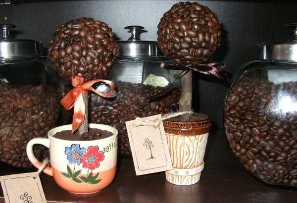 Как сделать кофейный топиарий. Фото с сайта www.elya-afrika.ru