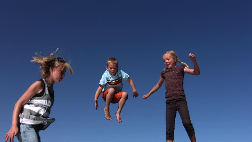 Лучшие подвижные игры для детей 7-10 лет