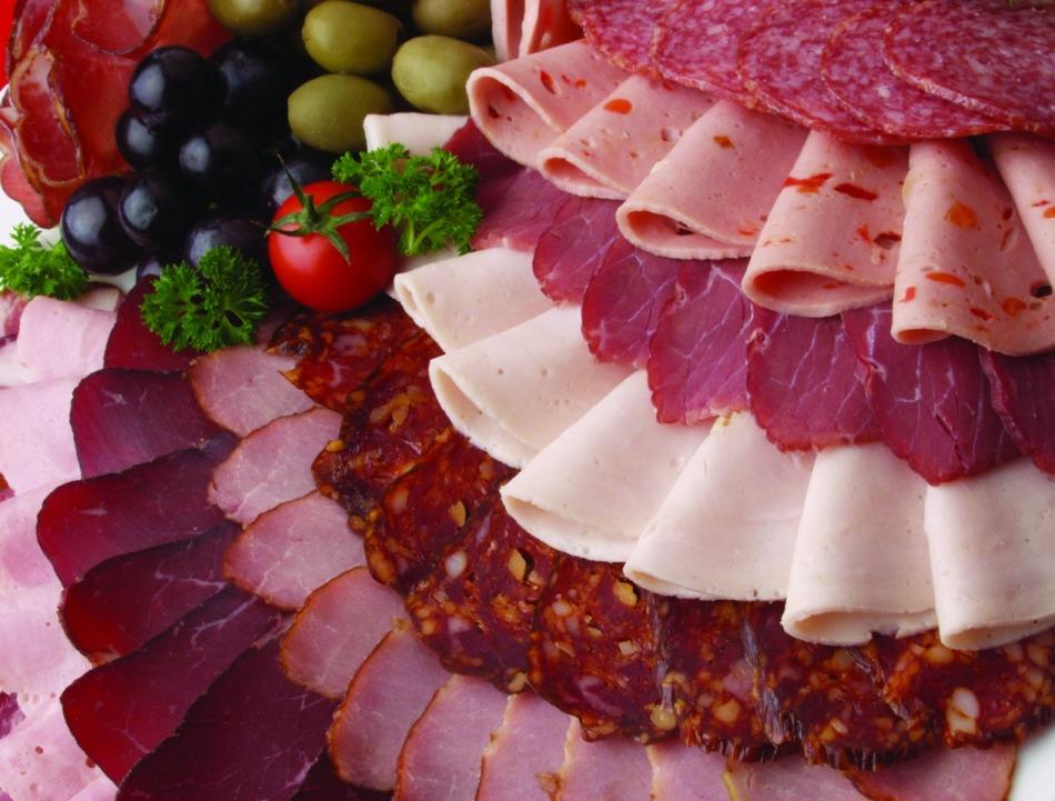 6059c9a669b747321569041dab128304 Как собрать мясную тарелку: выбор мяса, аккомпанемент, правила сервировки
