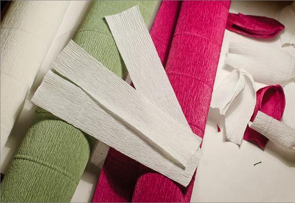 Вырезаем прямоугольники для стеблей. Фото с сайта http://pustunchik.ua/