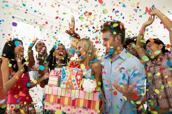 День рождения начальника: какой подарок выбрать?