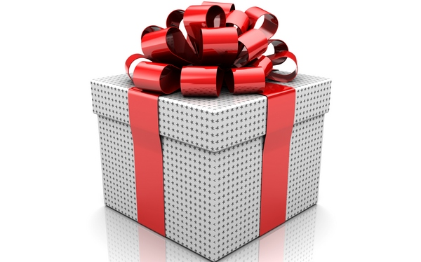 Как украсить подарок красивым бантом? Фото с сайта www.goodfon.ru