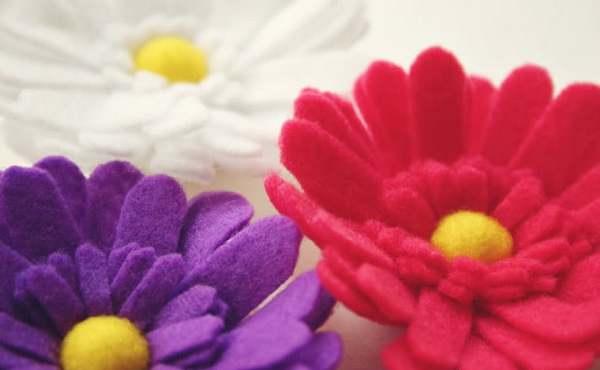 Красиво и оригинально — цветы из фетра. Фото с сайта www.liveinternet.ru