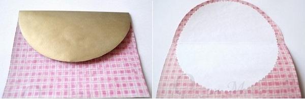 Приклеиваем круг на внутреннюю сторону открытки. Фото с сайта http://aquamaniya.ru/