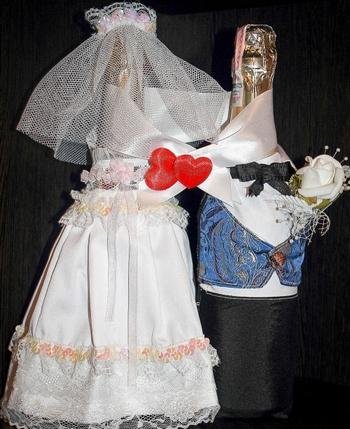 Нарядные бутылочки. Фото с сайта http://womanadvice.ru/