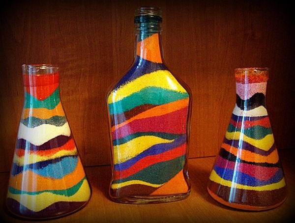 Декорируем бутылки солью — оригинально, ярко, просто! Фото с сайта i-remo.ru