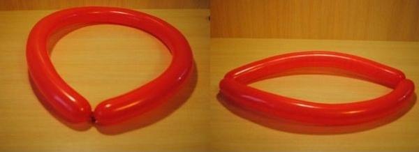 Складываем шар пополам. Фото с сайта http://womanadvice.ru