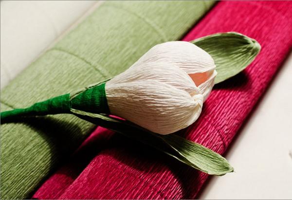 Делаем стебель и листочки. Фото с сайта http://pustunchik.ua/