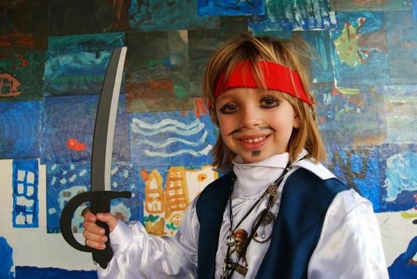Как нарядить ребенка на пиратскую вечеринку?