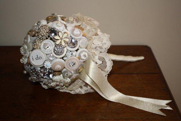 Букет невесты может быть по-настоящему необыкновенным. Фото с сайта piraku.ru