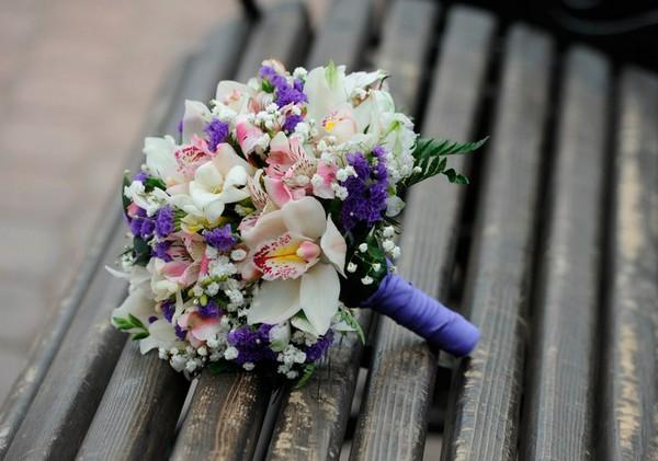 Цветы в букете должны гармонировать. Фото с сайта wedding-mood.com